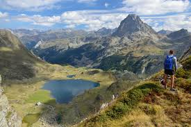 Pyrenees Mountains Map Gr10 Trail Self Guided Walking Holiday Macs Adventure