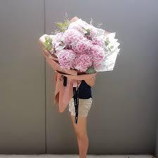 hydrangea bouquet hydrangea bouquet lou flower studio