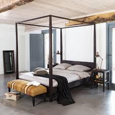letto baldacchino letto a baldacchino 160 x 200 in massello di acacia maisons du monde