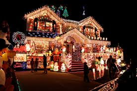 Christmas Decoration For Facebook by Overly Decorated Christmas House Pictures Photos And Images For