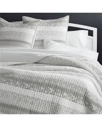 Coverlets On Sale Amazing Fall Savings On Crate U0026barrel Oleana Full Queen Quilt