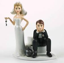 wedding cake toppers a hilarious collection of wedding cake toppers 16 pics