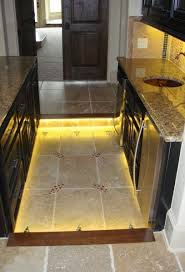 Under The Cabinet Lights by Best 25 Diy Kitchen Striplights Ideas On Pinterest Diy Changing