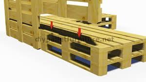 canapé lit palette fabriquer un canapé convertible en palette maison et mobilier d