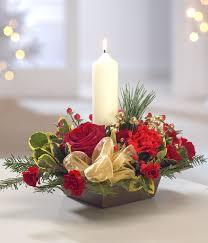 christmas table flower arrangement ideas 15 easy and stunning christmas centerpiece ideas christmas