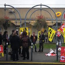 bureau de poste ris orangis 35 ème jour de grève à ris orangis sud ptt