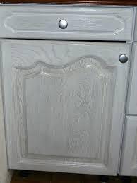 repeindre une cuisine en chene vernis peindre meuble en chene vernis table de ferme a peindre comment