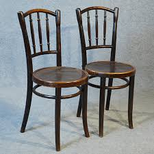 Bentwood Bistro Chair 4 Decorating Ideas Using Bentwood Chairs In Your Living Rooms