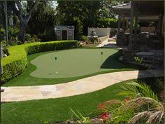 Putting Green Backyard by Whoa Look At This Backyard Putting Green For Your Short Game