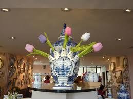 Delft Chandelier Traditional Tulip Vase Picture Of Delft Pottery De Delftse Pauw