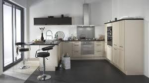 cuisines chez but cuisine but prix finest simple ilot de cuisine espace pour les