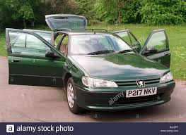 peugeot 406 2017 peugeot 406 estate photographed at pollok park glasgow green car