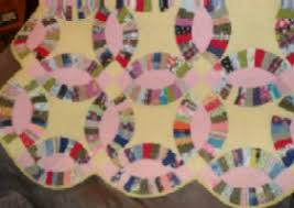 Double Wedding Ring Quilt by Double Wedding Ring