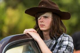 Carl Grimes Halloween Costume Carl Die Walking Dead Actor Hints U0027s Leaving