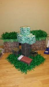 Minecraft Party Centerpieces by Minecraft Party Decor Balloon Spider I Had Several Of Them In