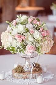 composition florale mariage comment décorer le centre de table mariage