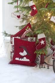 76 best χριστουγεννιατικα μαξιλαρια images on pinterest
