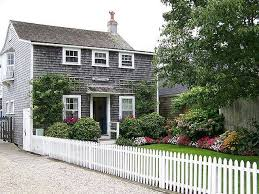 Nantucket Cottages For Rent by Best 25 Nantucket Cottage Ideas On Pinterest Stop And Shop