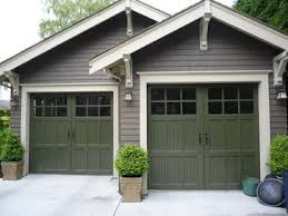 craftsman style garages craftsman style garage brackets eaves windows on door