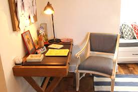 Homes Decorated Small Writing Desk For Bedroom At Real Estate Photo Idolza