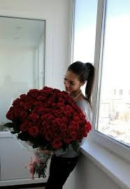 big bouquet of roses 19 best valentines day flowers images on rainbow