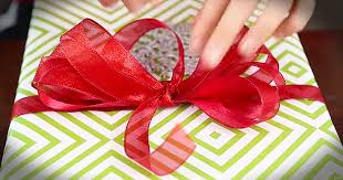 bows for presents how to make a department store gift bow
