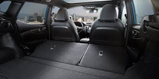 nissan qashqai trunk space features new nissan qashqai suv crossover nissan