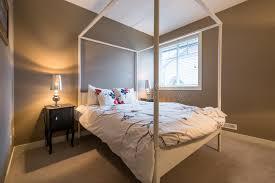 chambre à coucher rustique conception intérieure de chambre à coucher rustique image
