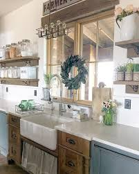 Old Farmhouse Kitchen Cabinets Best 25 Farmhouse Aprons Ideas On Pinterest Half Apron Vintage