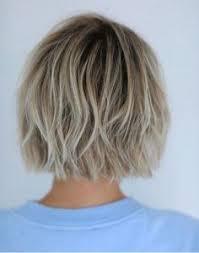Frisuren 2017 Wavy Bob by 40 Chic Blunt Bob Hairstyles Blunt Bob Bobs And Haircuts