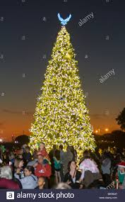 san antonio tree lighting 2017 members of the joint base san antonio lackland community gather for