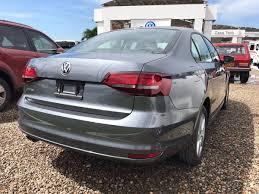 volkswagen jetta 2018 volkswagen jetta trendline 2 0l 2018 gris platino 62 990 000