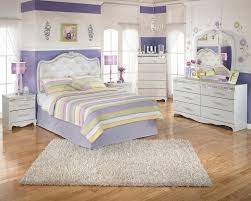 ashley zarollina bedroom collection