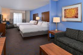 Comfort Suites Terre Haute In Holiday Inn Express Hotel U0026 Suites Terre Haute In Terre Haute Indiana