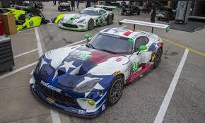 dodge viper race car dodge vipers circle daytona fca america corporate