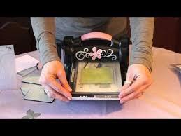 scrapbooking tutorial cornice come usare la big shot fustelle ed embossing folders how to use a