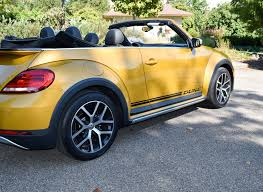 review vw u0027s beetle dune 100 convertible volkswagen 2016 review 2016 volkswagen