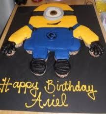 minion cupcake cake minion cupcake cake my cakes cupcakes cake