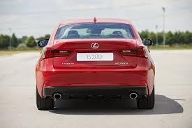 lexus toyota 2015 precio lexus is 200t 245 cv de potencia turbo diariomotor