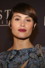 29 best short styles bobs pixie cuts and more celebrity