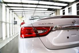 nissan maxima hp 2016 2016 nissan maxima production kicks off in tennessee autoevolution
