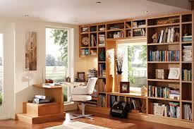 how to create built in bookshelves around windows
