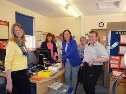 local bureau local mp visits banbury citizens advice bureau prentis mp