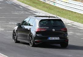 spyshots new vw golf r tipped to produced 300 hp autoevolution