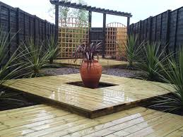 slatted panel horizontal screen trellis fence modern simple garden