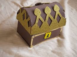 how to make a pirate treasure chest here come the girls
