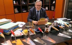 le bureau evry sur bureau le maire d evry aligne les truelles le parisien