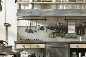 vintage küche vintage küche aus holz und stahl mit viel funktionalität