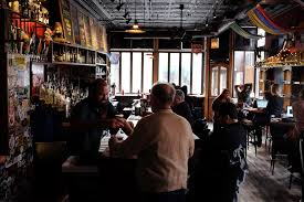 Map Room Chicago Il by Turning 25 Hopleaf And Map Room Owners On Building Their Iconic