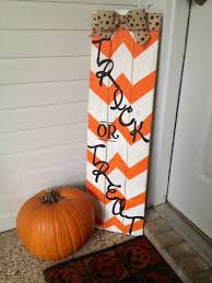 Outdoor Wooden Halloween Decorations by 25 Cute Halloween Decorations Ideas Decoration Craft And Diy